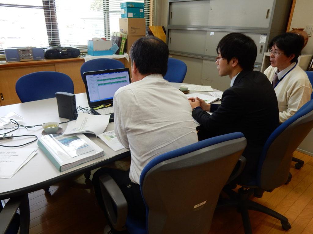 西郷村社会福祉協議会での操作確認の様子